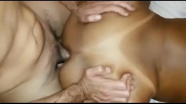 Cuzinho apertado da puta brasileira que ama da o rabo